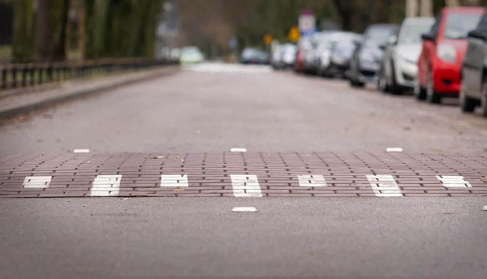 Dos d'âne illégaux : 40 millions d'automobilistes lance une plateforme pour les signaler