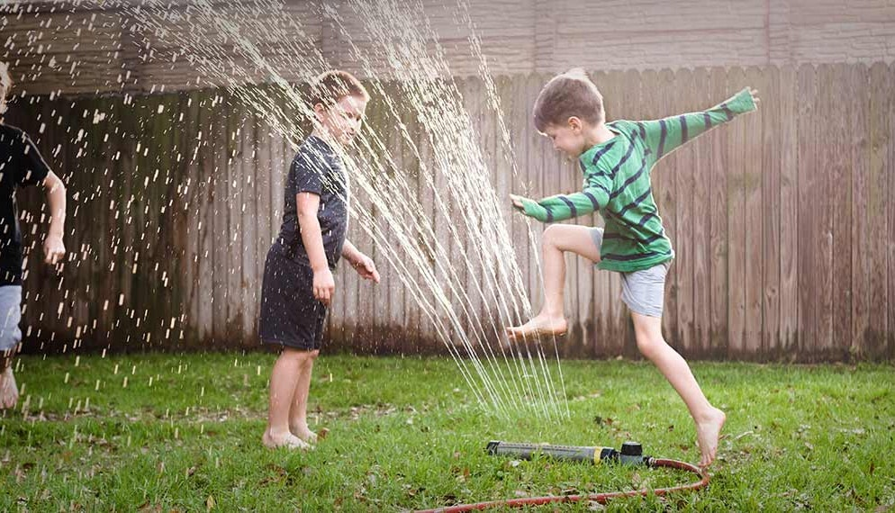 Sécurité des enfants au jardin : nos conseils