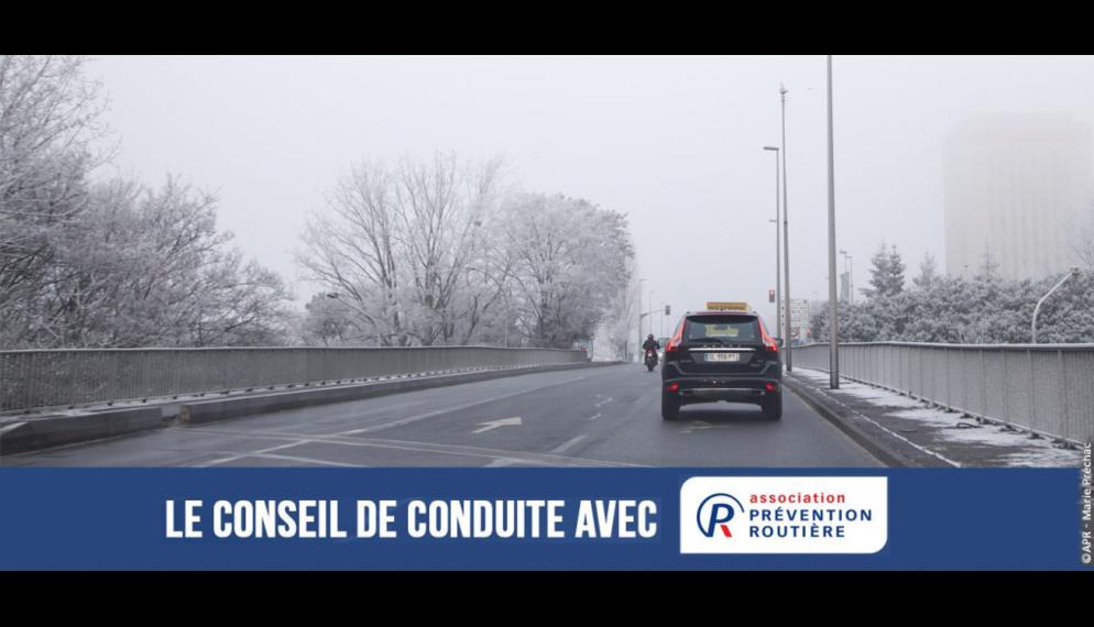 Comment bien conduire en hiver ? Nos conseils de conduite