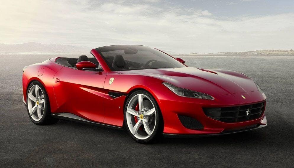 voiture Ferrari rouge