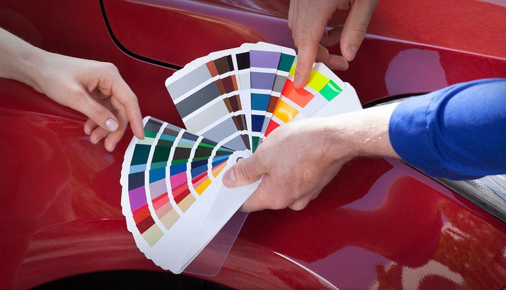 Quelle est la couleur la plus populaire pour une voiture ?