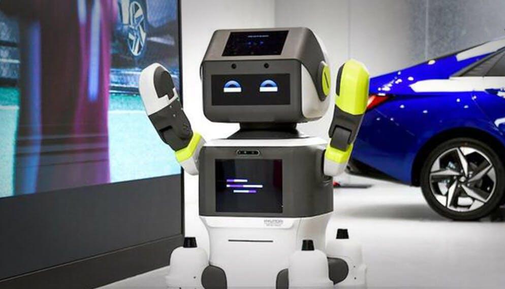 Dans une concession Hyundai, c'est un robot qui accueille les clients
