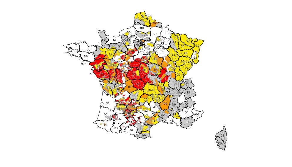 73 départements sont concernés par la sècheresse et des restrictions d'eau