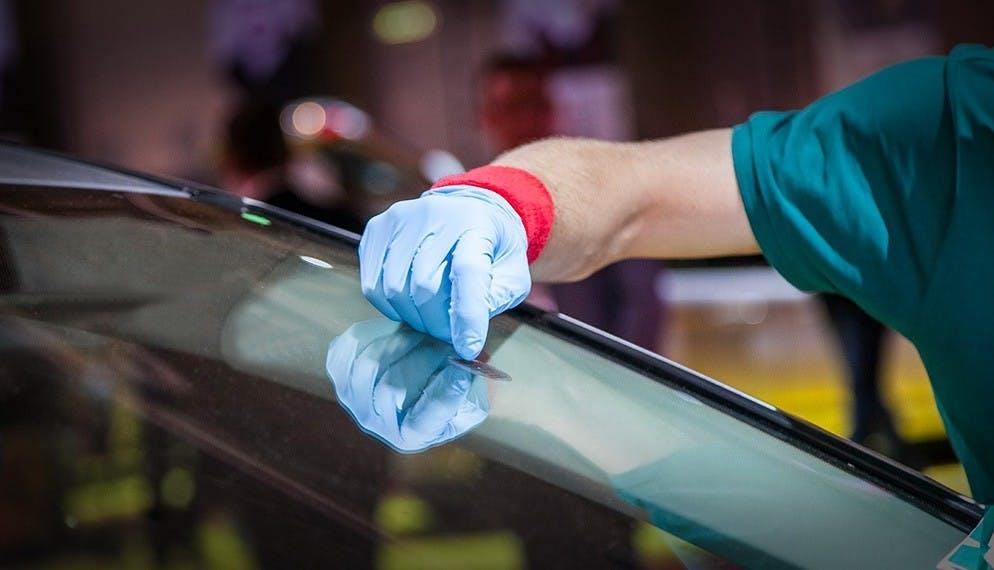 6 nouvelles bonnes raisons de choisir nos centres de réparations bris de glace