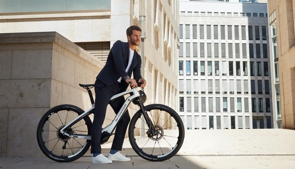 Offrez-vous un vélo Porsche ou une trottinette Lamborghini !