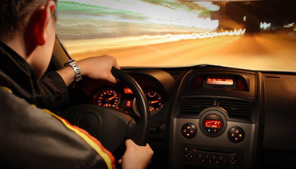 Jeune conducteur : les 4 principales causes d'accidents de la route