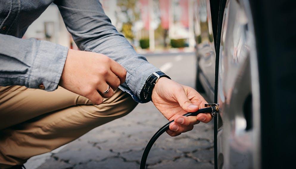 Comment prendre soin et entretenir votre voiture pendant le confinement ?