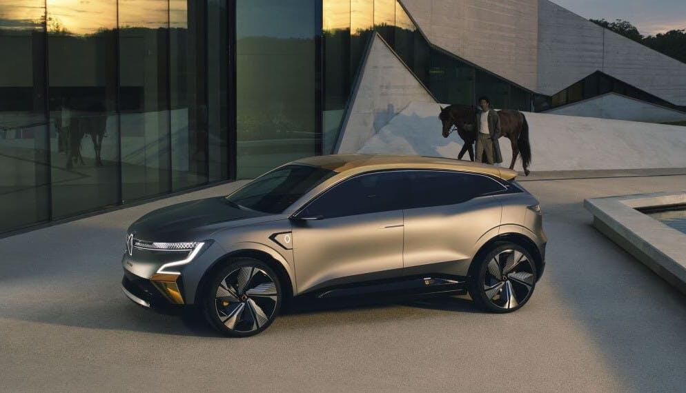 Avec sa future Mégane eVision, Renault passe la seconde sur les voitures électriques