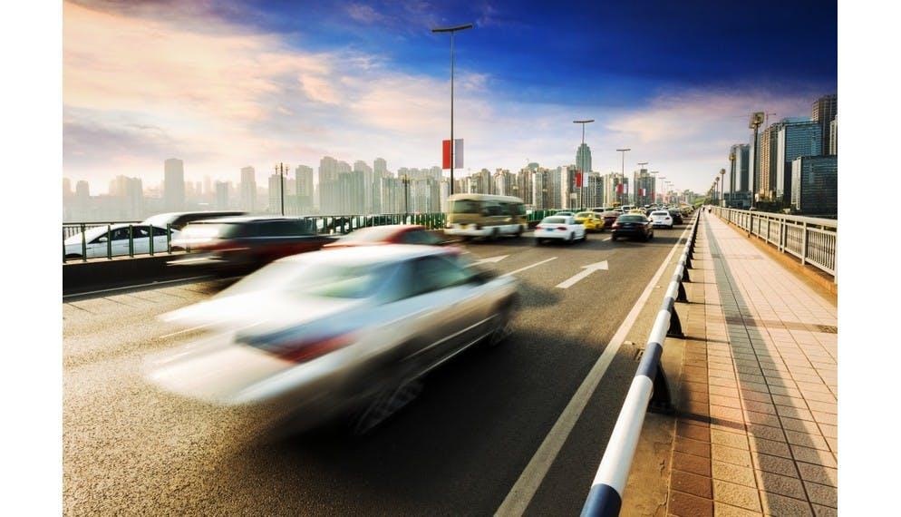 Au tiers ou tous risques : quelle assurance auto choisir ?