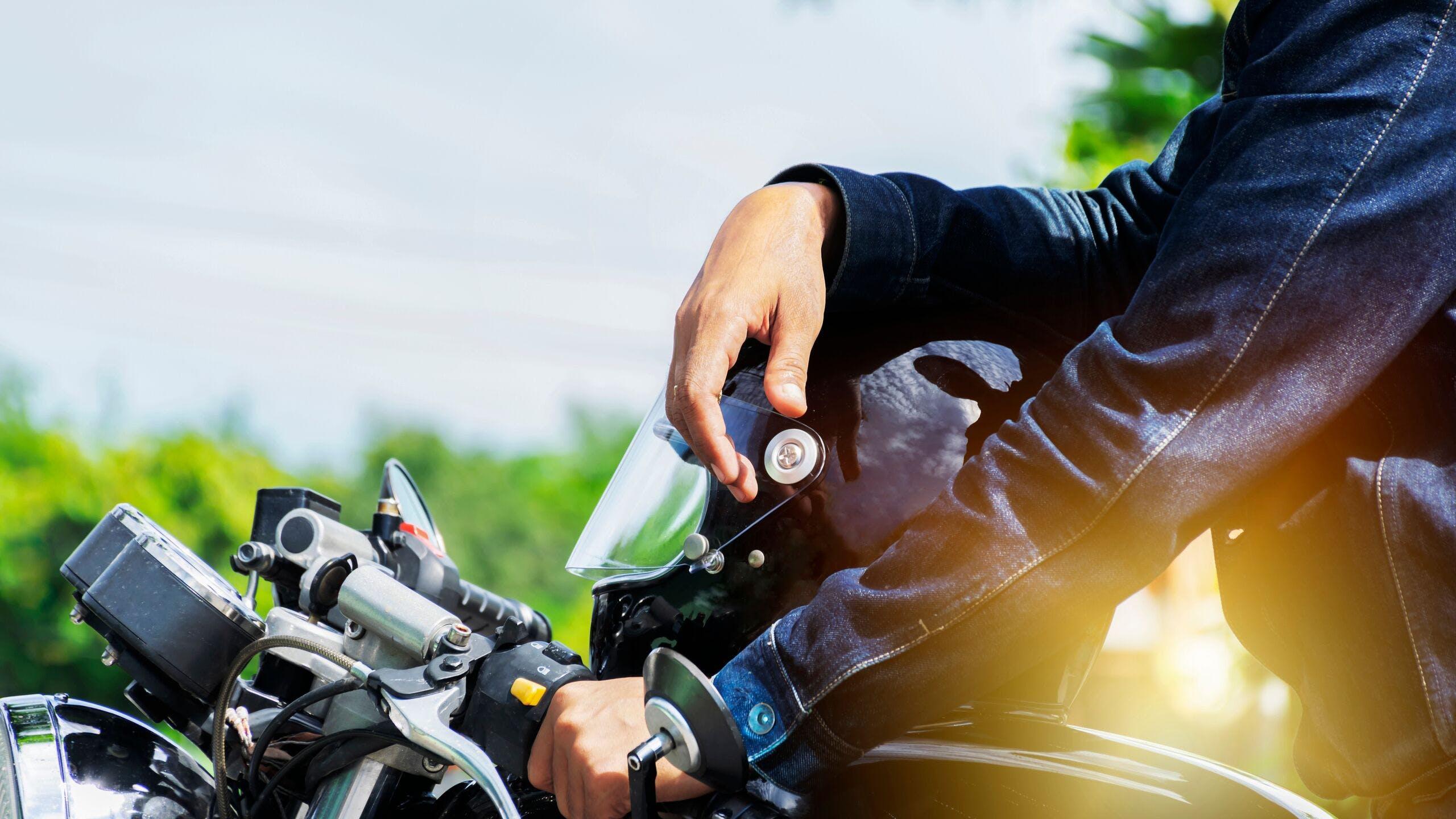 AXA Luxembourg - Quels sont les points vérifiés lors d'un contrôle technique moto ?