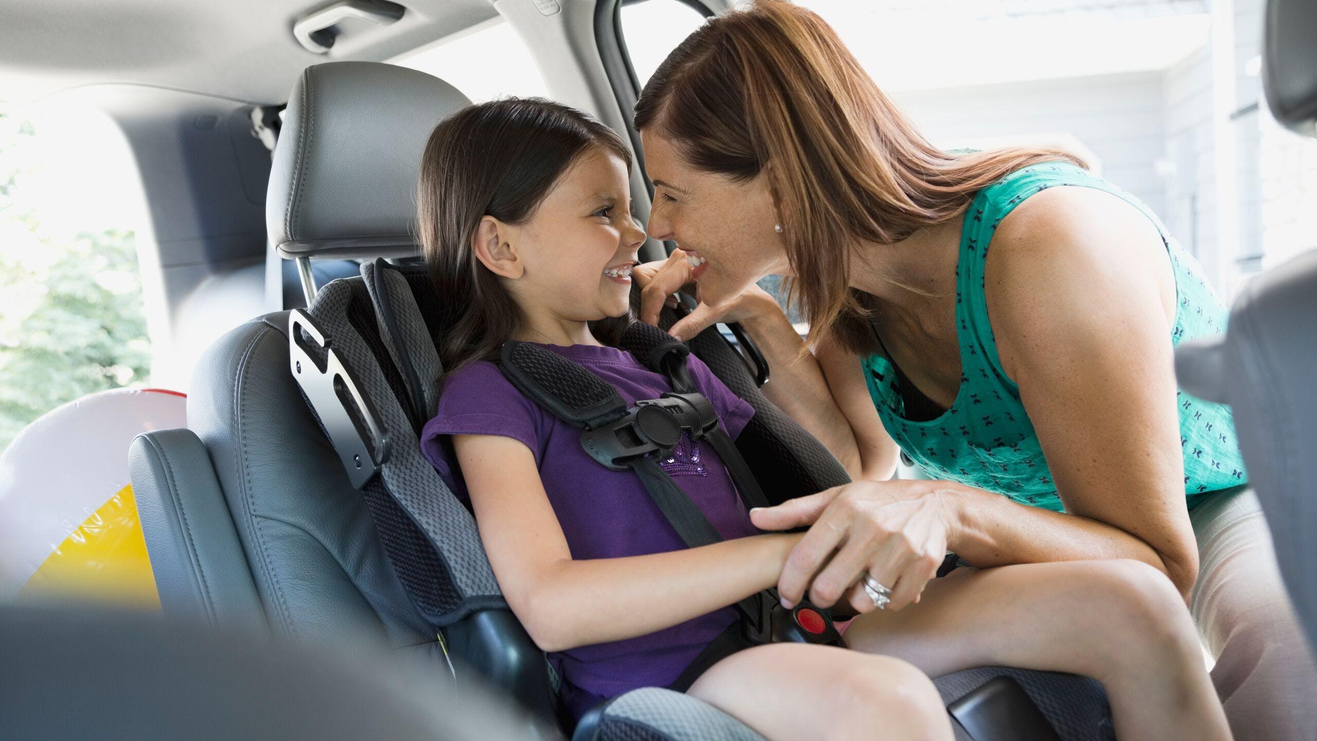 AXA Luxembourg - Quelle norme choisir pour vos sièges enfant ? R44 et R129 i-Size ?