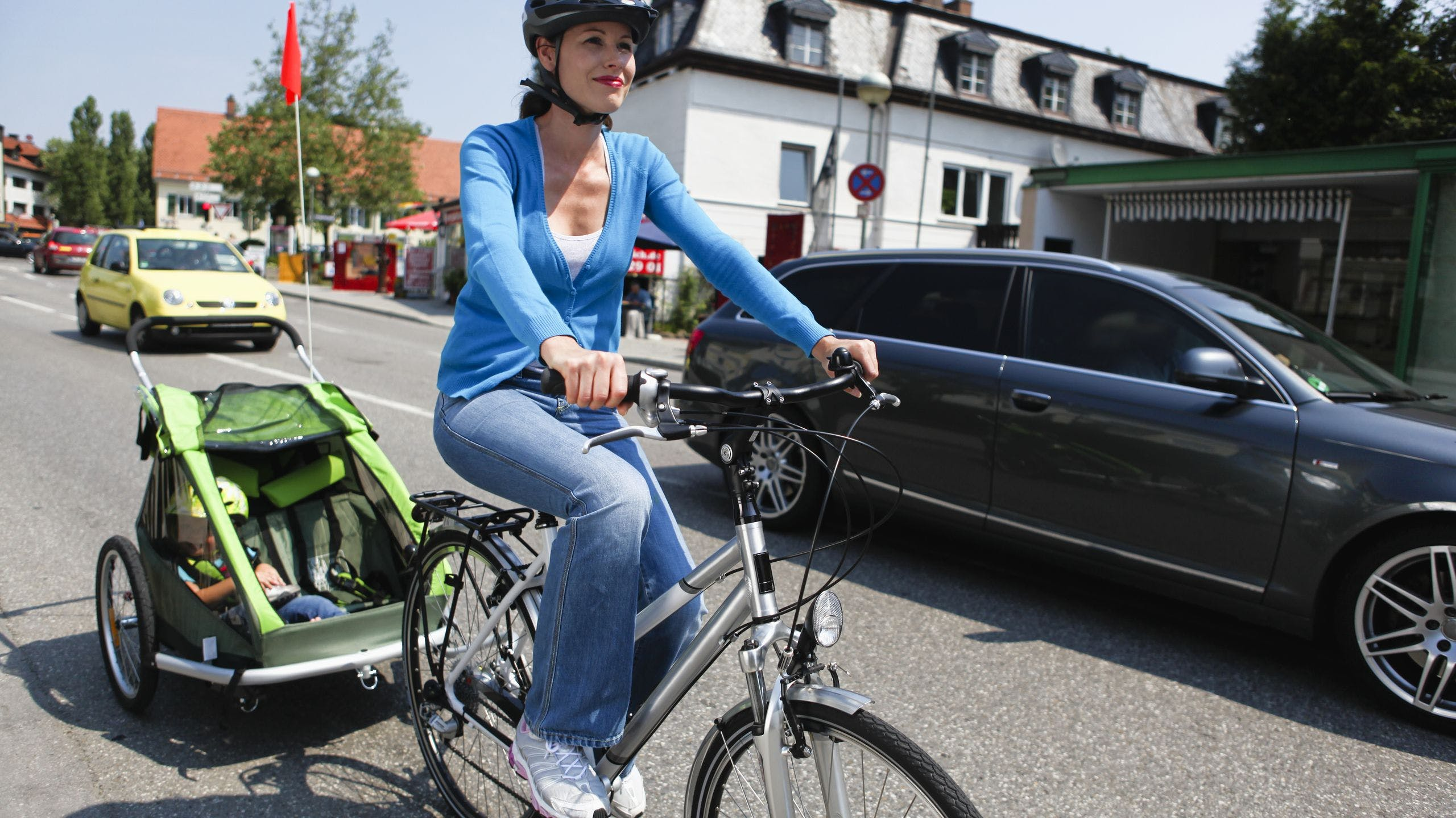 AXA Luxembourg : assurance responsabilité civile à vélo