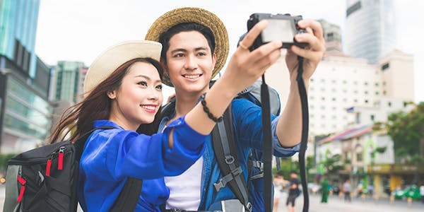 Couple travelling the world